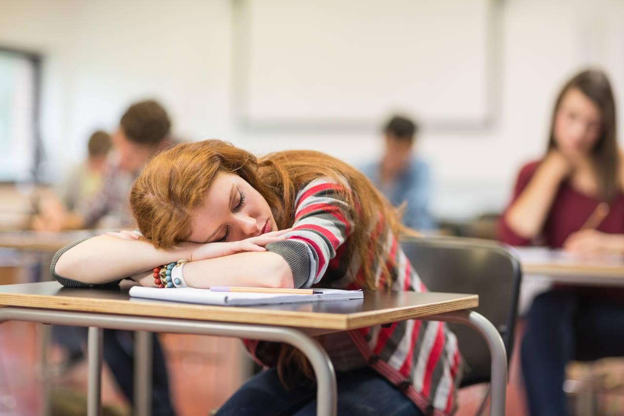Benarkah Siklus Tidur di Usia Produktif Mempengaruhi Kesehatan Saat Usia Senja?