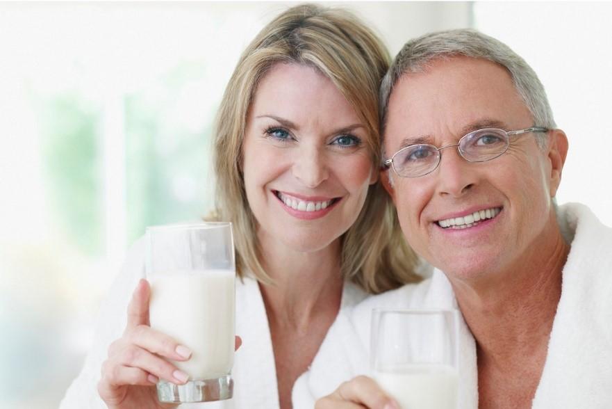 Minum Susu, Aman Tidak untuk Penderita Kolesterol?
