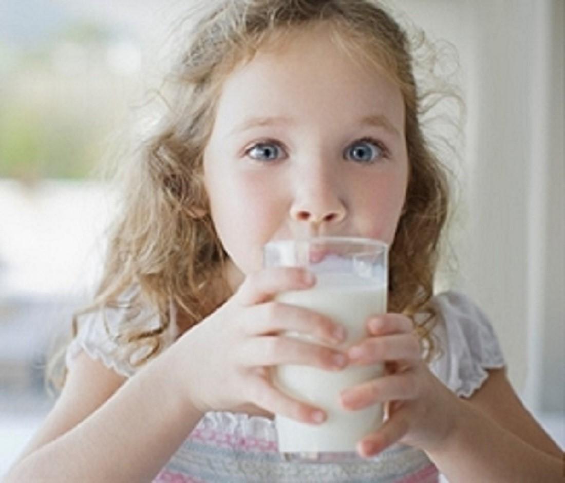 Benarkah Tidak Semua Kandungan Susu Dibutuhkan Oleh Si Kecil?