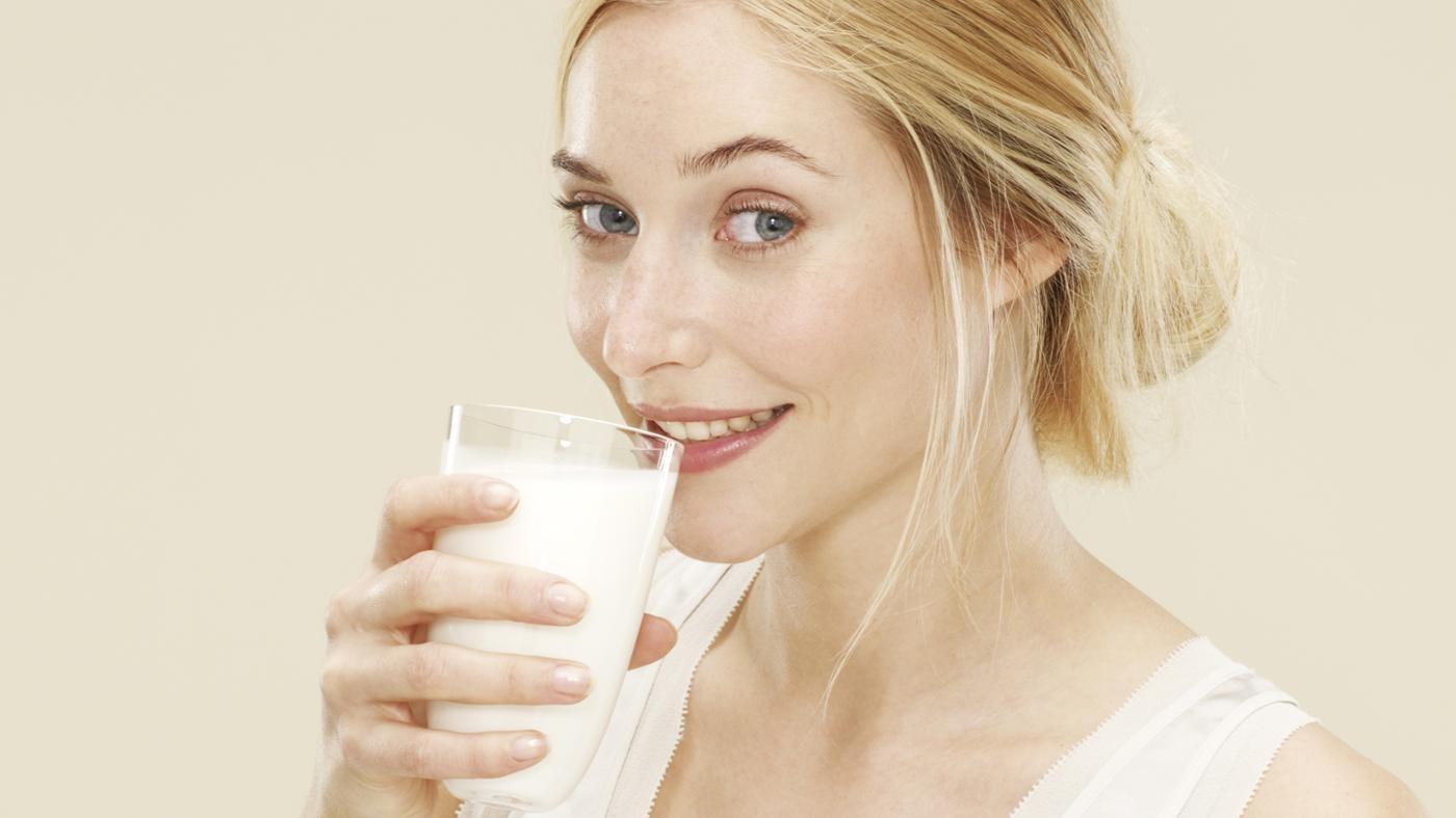 Rajin Minum Susu Bisa Bikin Kulit Milk Lovers Sehat dan Bersih Lho!