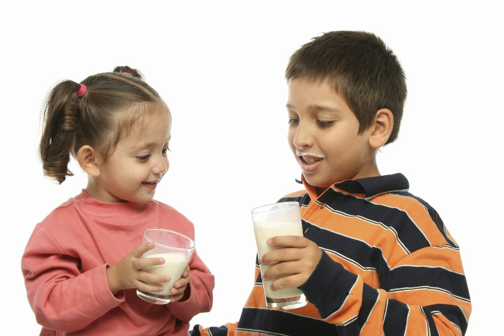Apa Penyebab Alergi Susu Sapi pada Anak?