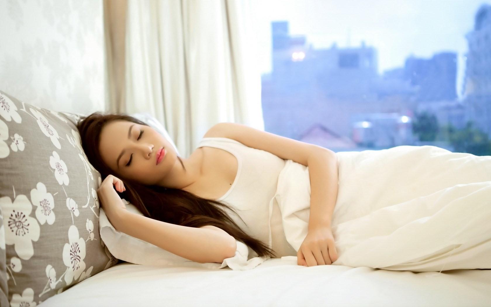 Tips Membuat Tidur Berkualitas di Malam Hari