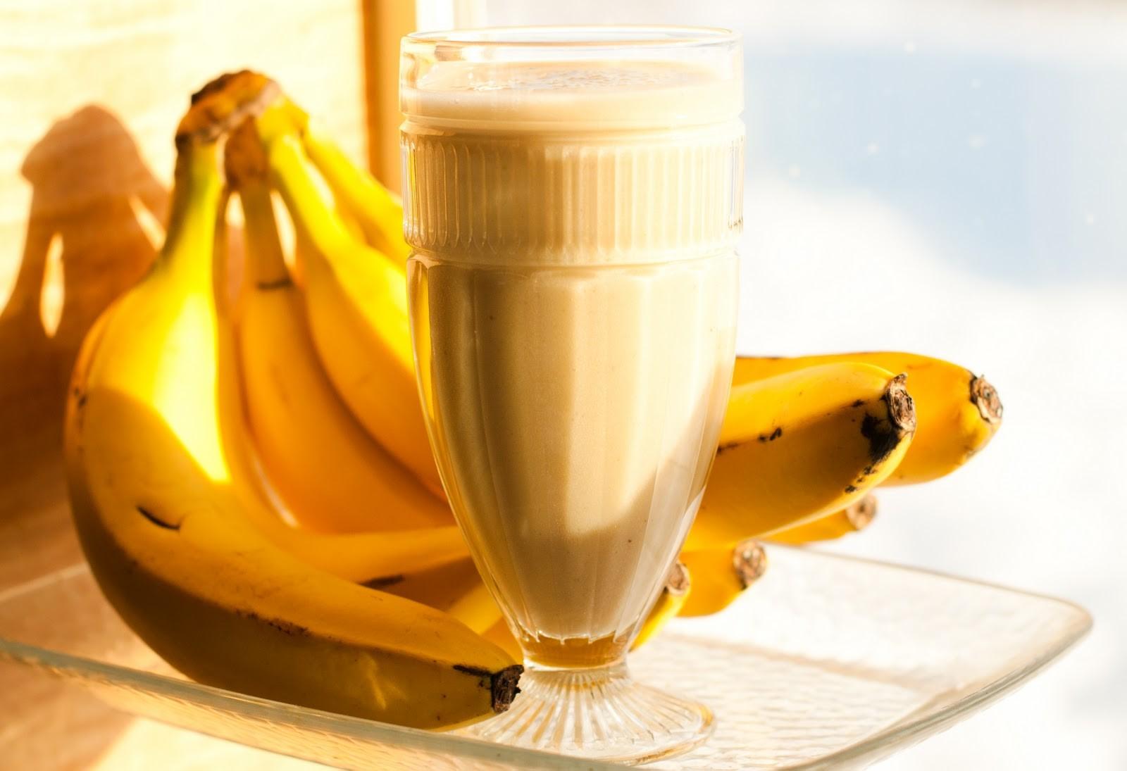 Yuk Bikin Banana Yoghurt Shake Super Gampang di Rumah!