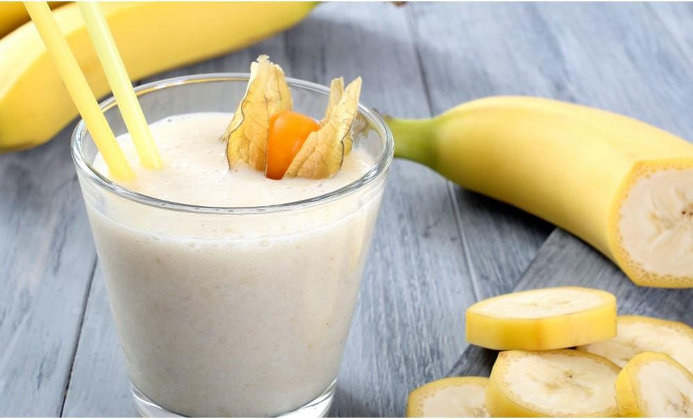 Banana Milk Shake, Cukup Siapkan Pisang, Es Batu & Susu UHT