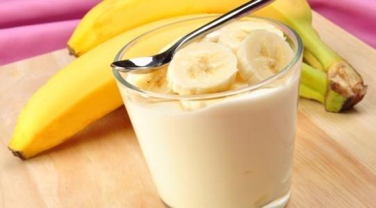Hasil gambar untuk campuran pisang dan susu