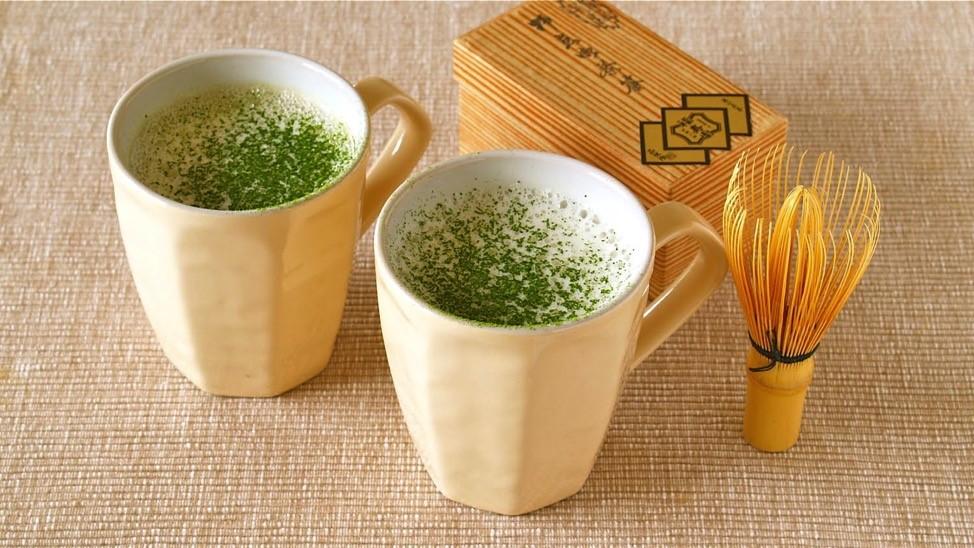 Yuk Buat Green Tea Latte Kesukaan Ayah!