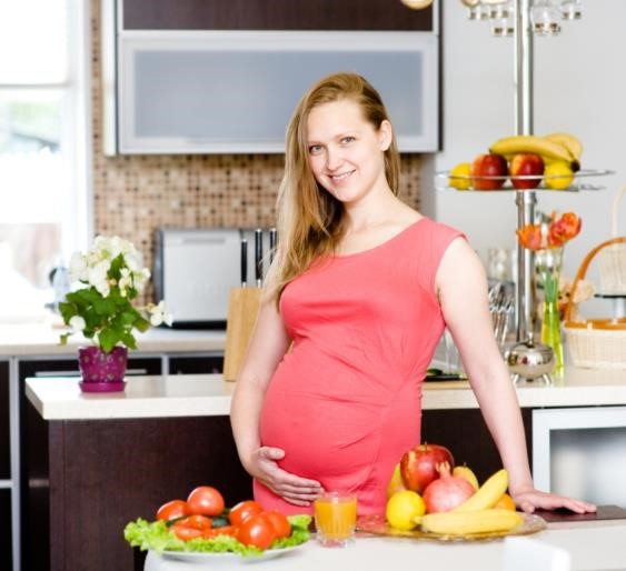 Jangan Konsumsi Makanan-Makanan Ini Selama Masa Kehamilan