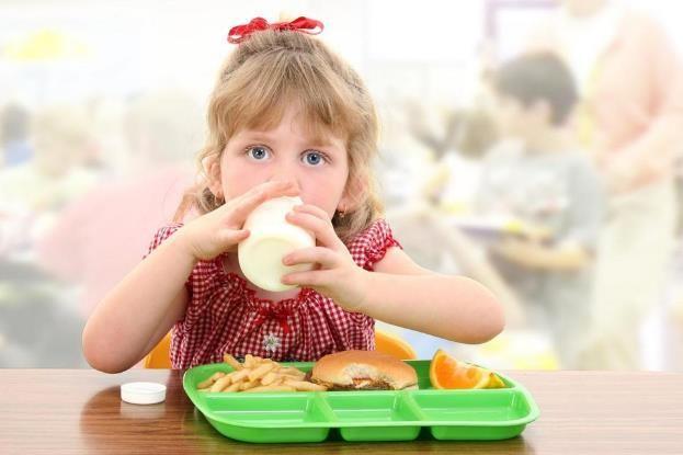 Milk Lovers, Kenali Yuk Waktu Terbaik Ngasih Camilan Pada Anak!