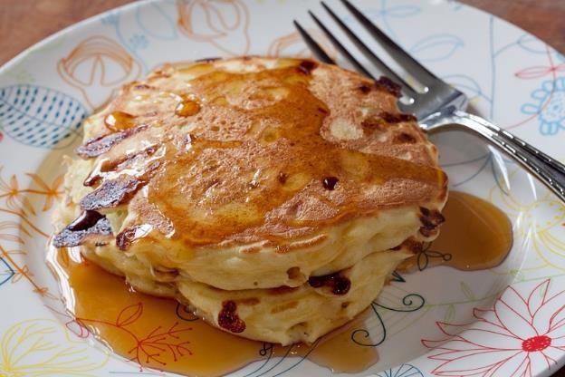 Resep Lezat Pancake Susu Saus Keju