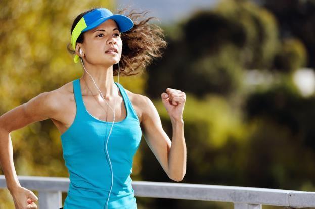 Sering Olahraga Sambil Dengerin Musik? Ini Manfaatnya!