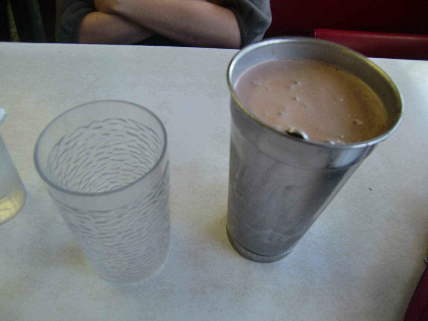 Bikin Milkshake Tanpa Memakai Blender? Bisa Milk Lovers!