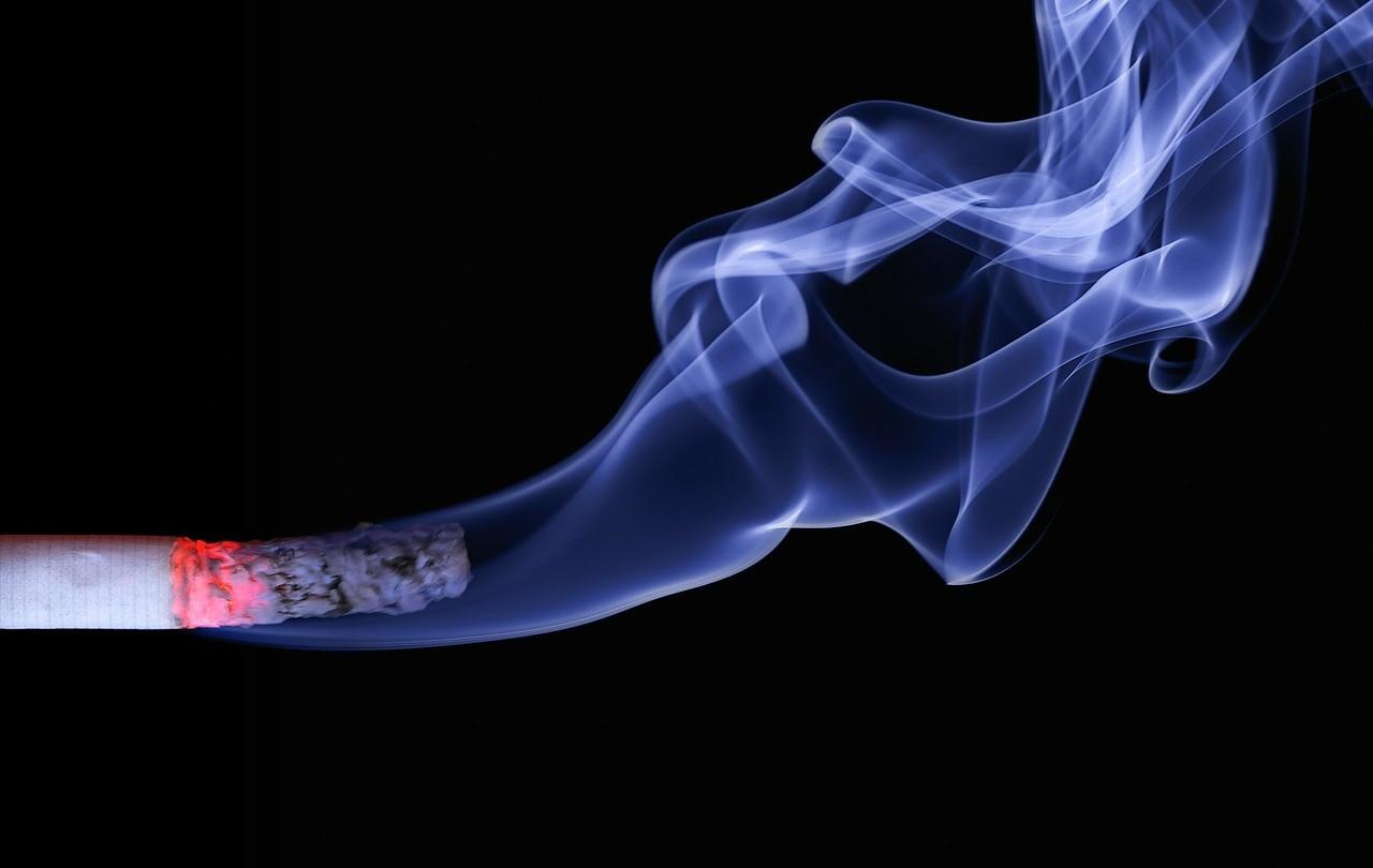 Ini Bahaya Asap Rokok pada Janin Laki-Laki