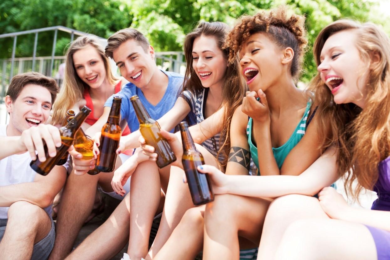 Ini Efek Buruk Alkohol pada Otak Remaja