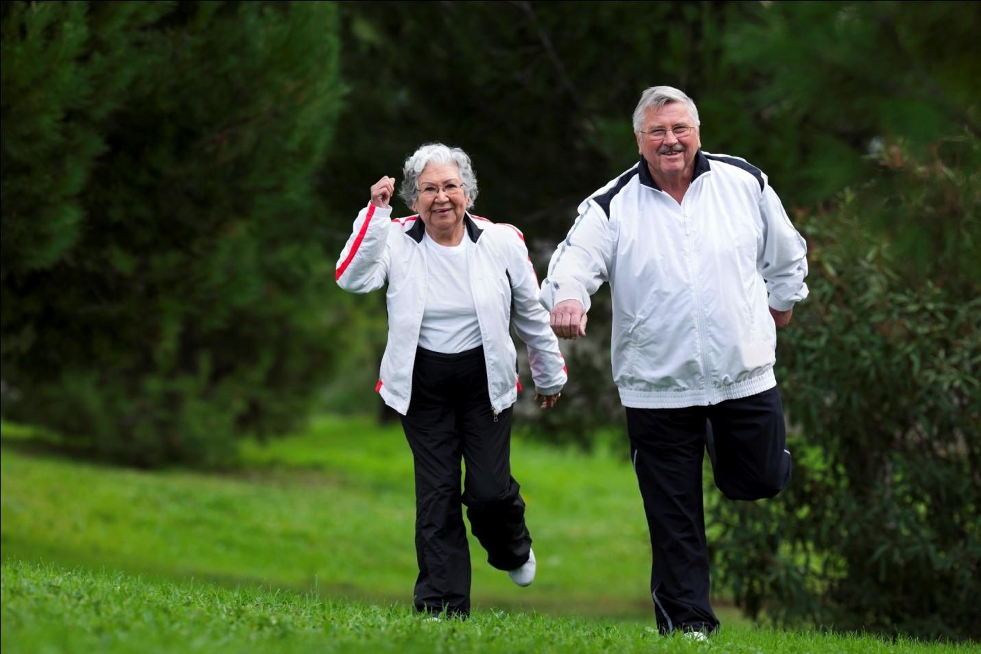Selain Kalsium, Lansia Butuh Vitamin D untuk Mencegah Risiko Osteoporosis