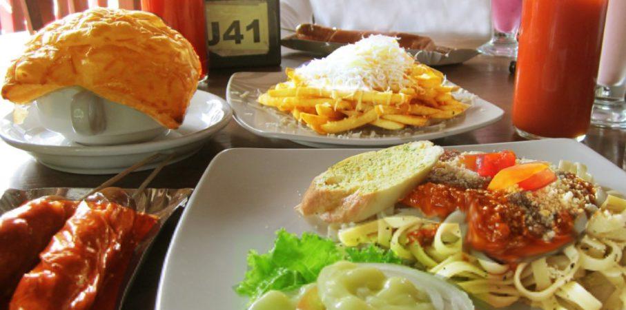10 Destinasi Kuliner Kekinian di Kota Bandung