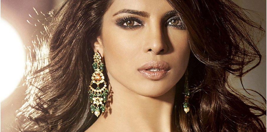 Mau Cantik Setara Priyanka Chopra? Kamu Harus Cobain Scrub Susu!