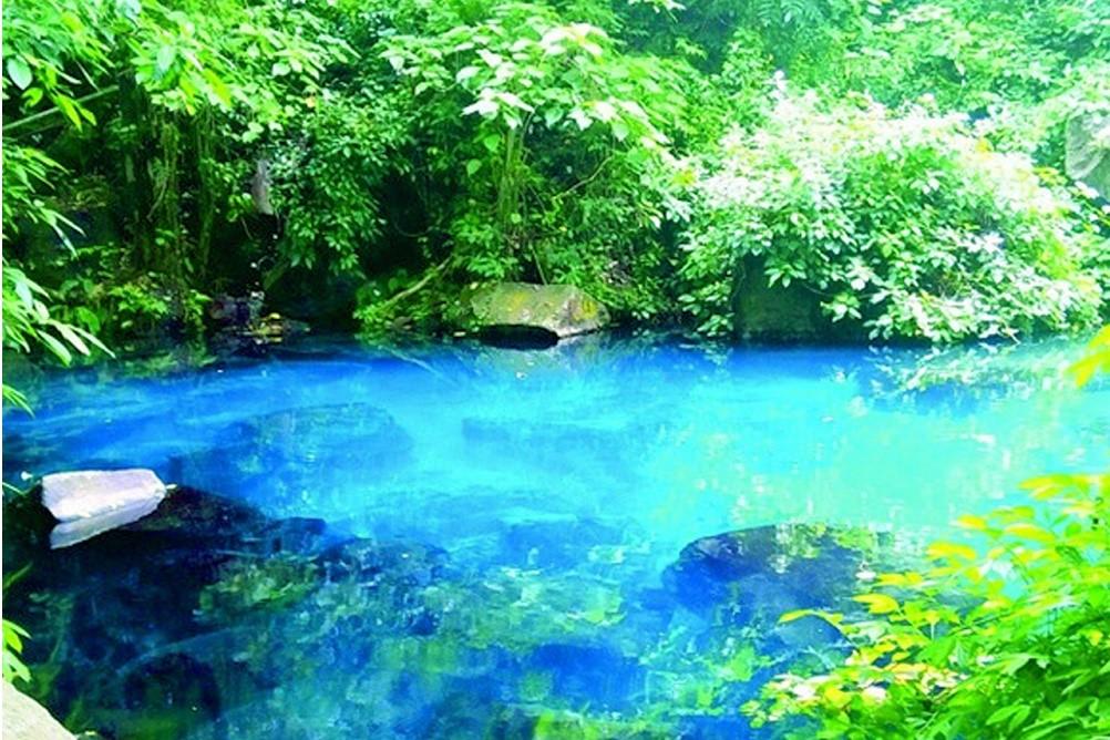 Mengintip Situ Cilembang, Danau Biru Penghias Bumi Sumedang!