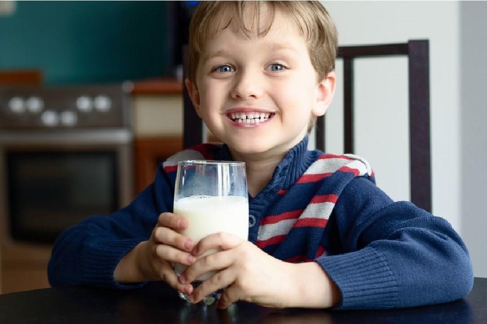 Percayalah, Minum Susu Tidak Bikin Gemuk Kok!