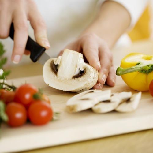Agar Kandungan Gizinya Tetap Maksimal, Begini Cara Memasak Makanan yang Tepat