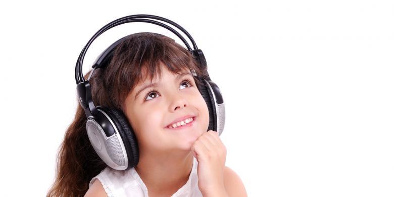 Mendengarkan Musik Ternyata Memiliki Banyak Manfaat Lho!