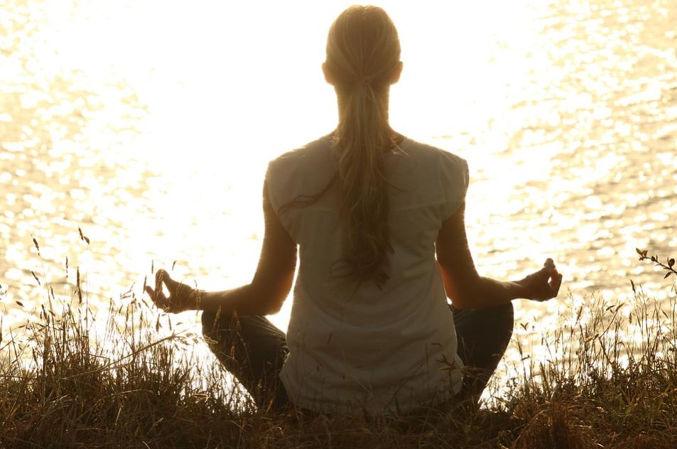 Ternyata Rutin Meditasi Baik Untuk Atasi Depresi Lho!