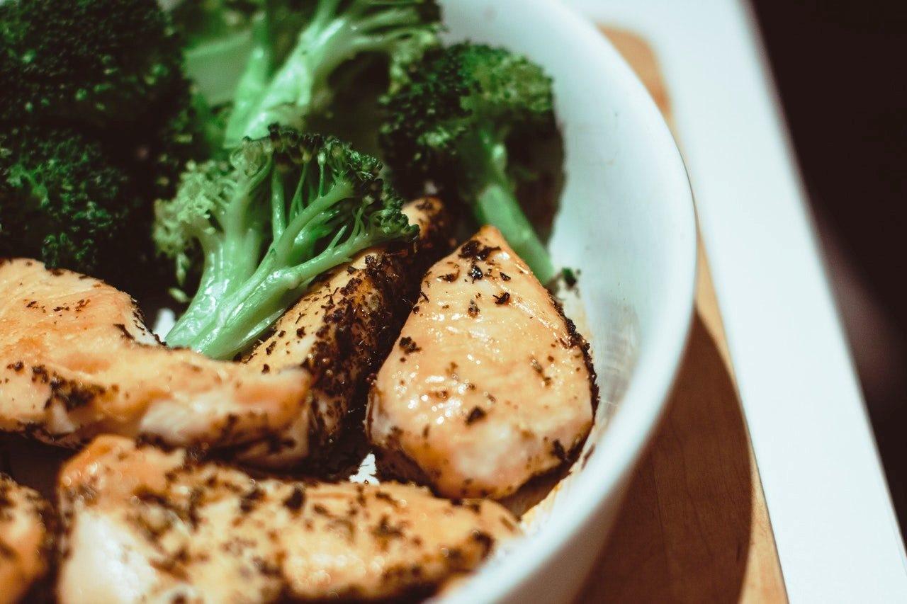 5 Makanan yang Bisa Membuat Kenyang Tahan Lama Saat Puasa!