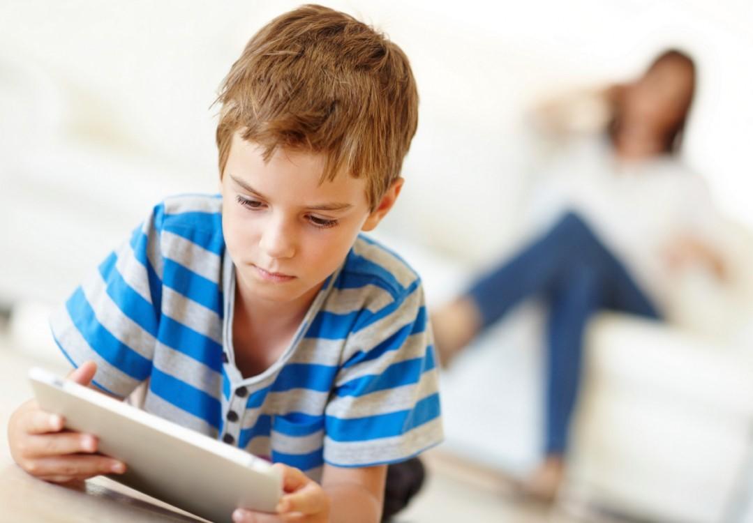 Cara Efektif Mengedukasi Anak-anak dengan Gadget