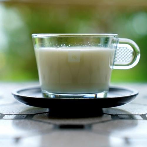 Susu Hangat dan Madu Bisa Jadi Obat Batuk Kering. Begini Resepnya!