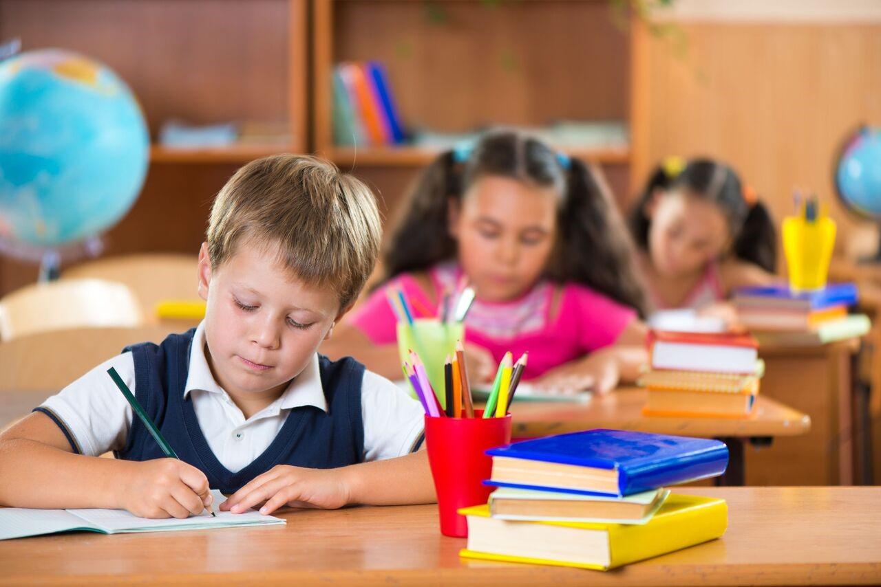 Bagaimana Agar Si Kecil Tetap Fokus Belajar? Cek Disini Yuk