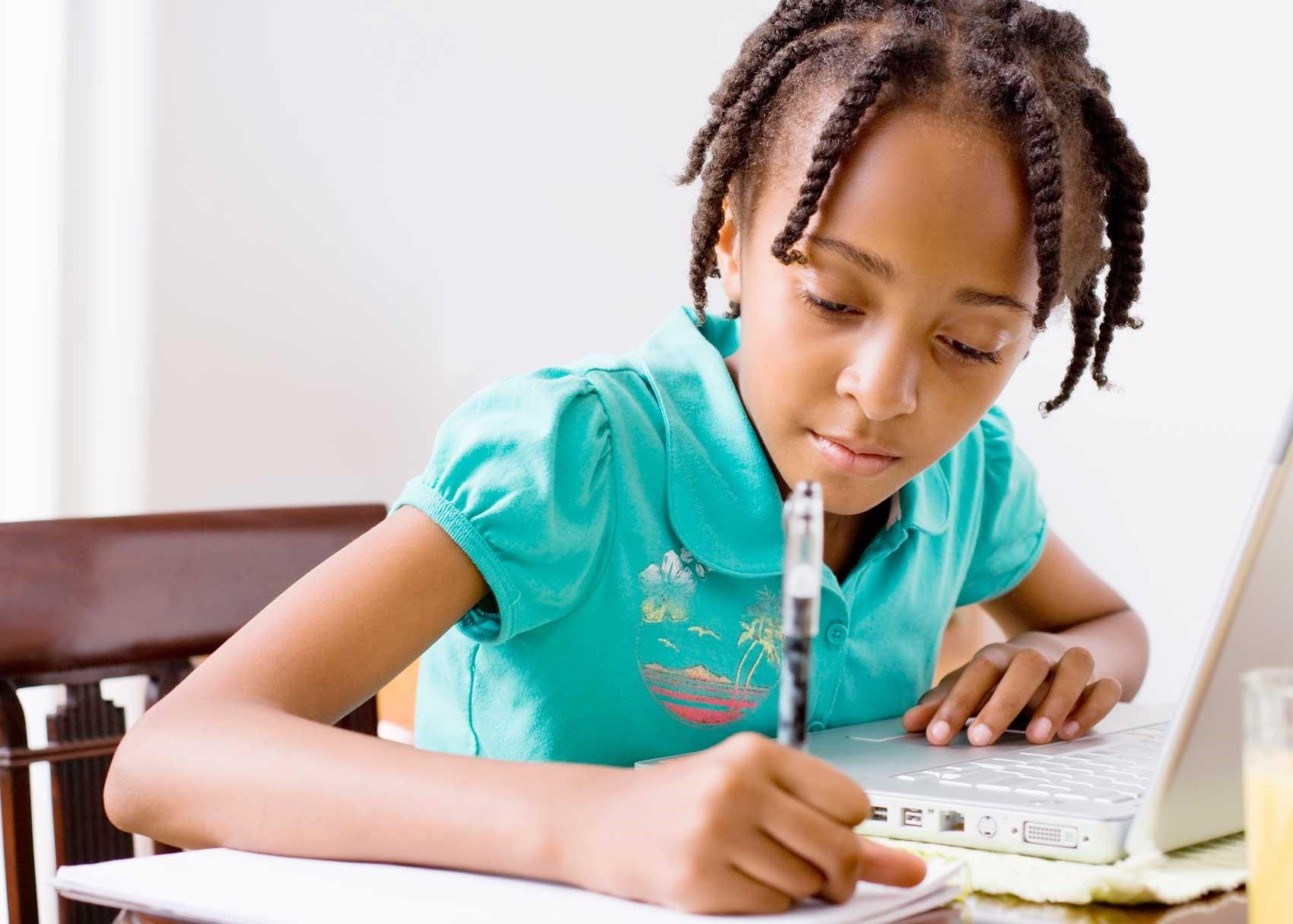 Ingin Punya Anak Cerdas? Ini yang Harus Anda Lakukan