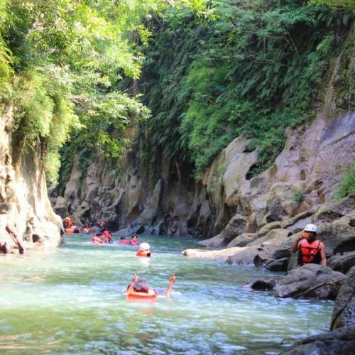 Yuk Nikmati Lonjakan Adrenalin dengan Body Rafting di Green Canyon Pangandaran