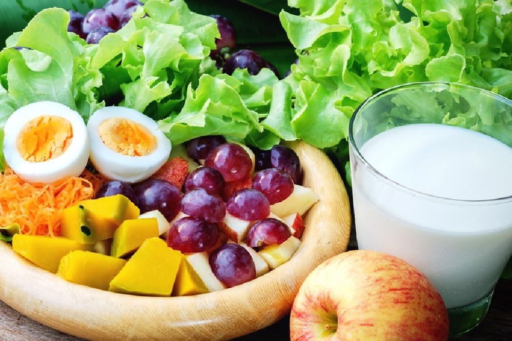 Mau Turunkan Berat Badan? Coba Deh Minum Susu dan Vitamin B12!