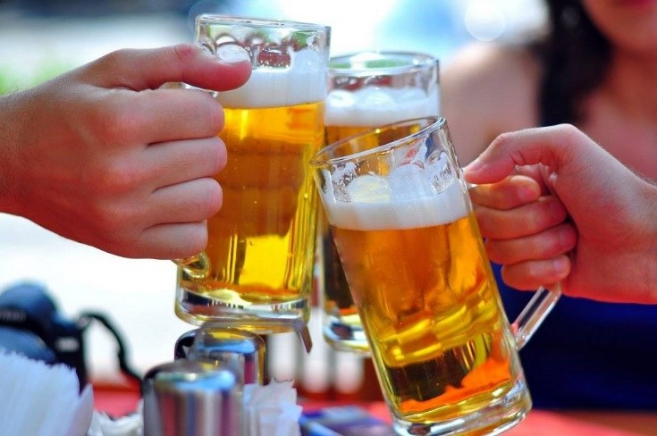 Waspadai Efek Negatif Alkohol Pada Otak Anak Muda!