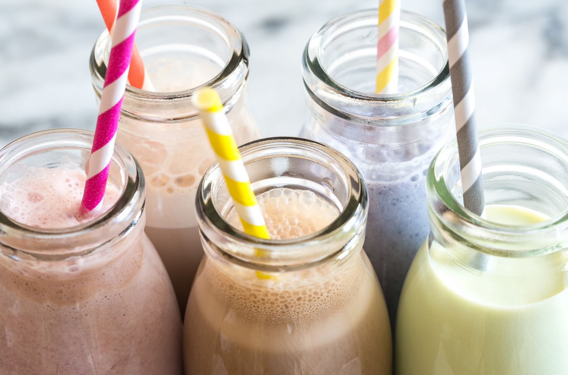 Apakah Susu Varian Rasa Berbeda dengan Susu UHT Murni?