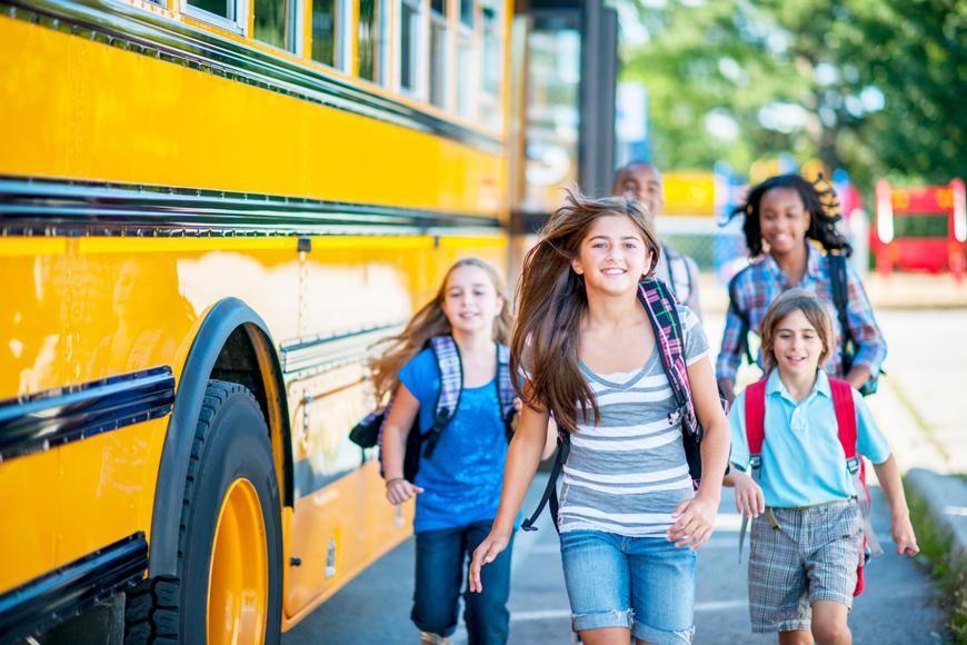 Tips Menyiapkan Hari Pertama Si Kecil Sekolah