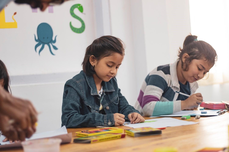 Belajar dari Sekolah Saja Cukup untuk Si Kecil, Benarkah?
