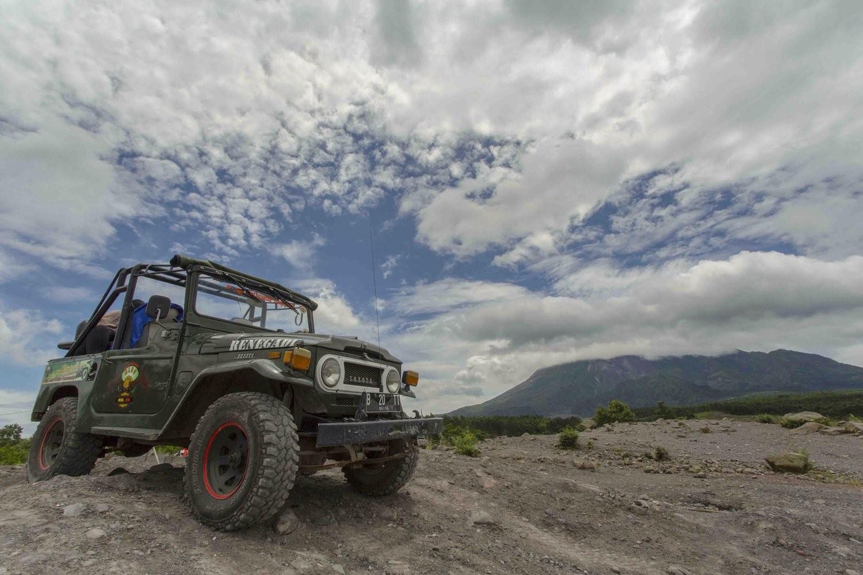 Lava Tour, Petualangan Seru Menyusuri Jalur Erupsi Merapi