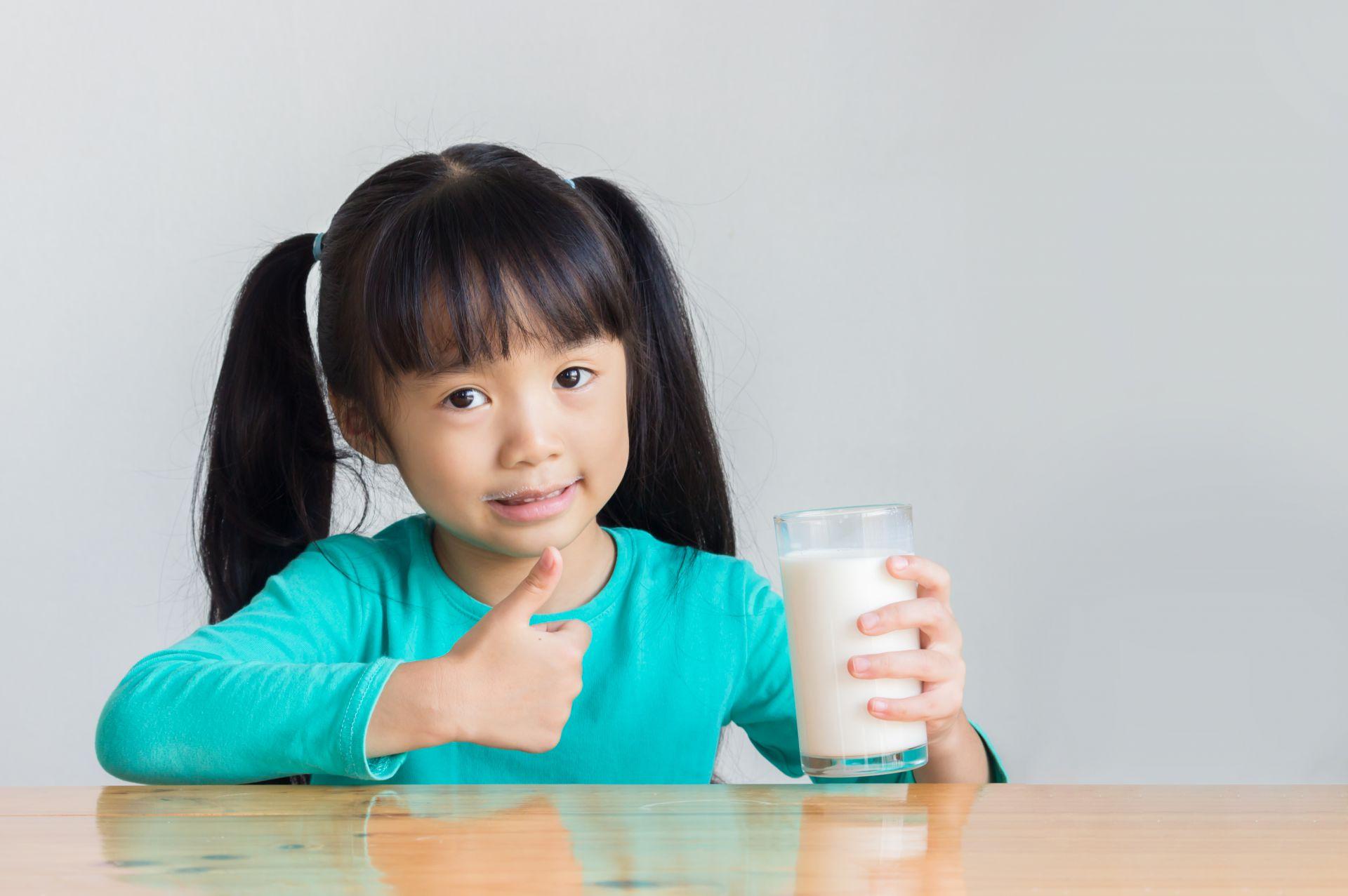 Ahli Gizi Susu Sangat Baik Diminum Saat Buka Puasa