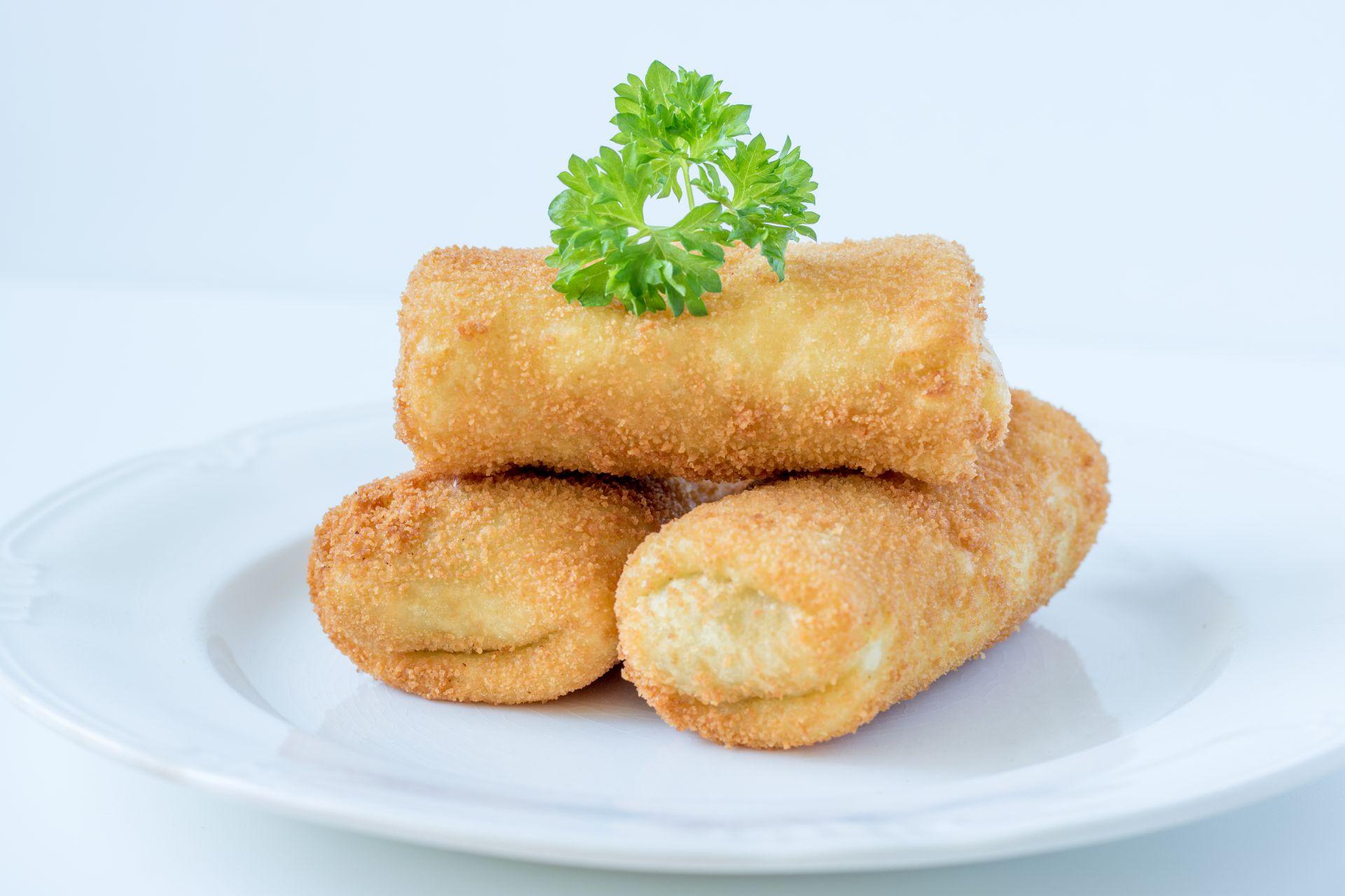 Risoles Ragout Ayam Keju, Cemilan Lezat untuk Keluarga Tercinta